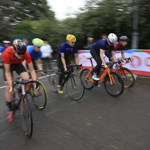 2016 School Games - Cycling Sprint Finish